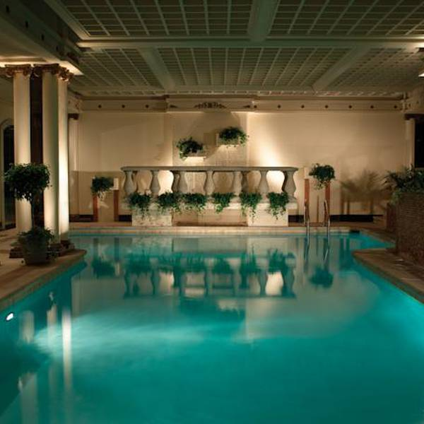 Peabody hotel - pool