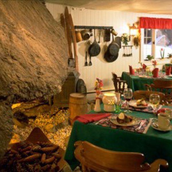 Inn at Long trail - dining room