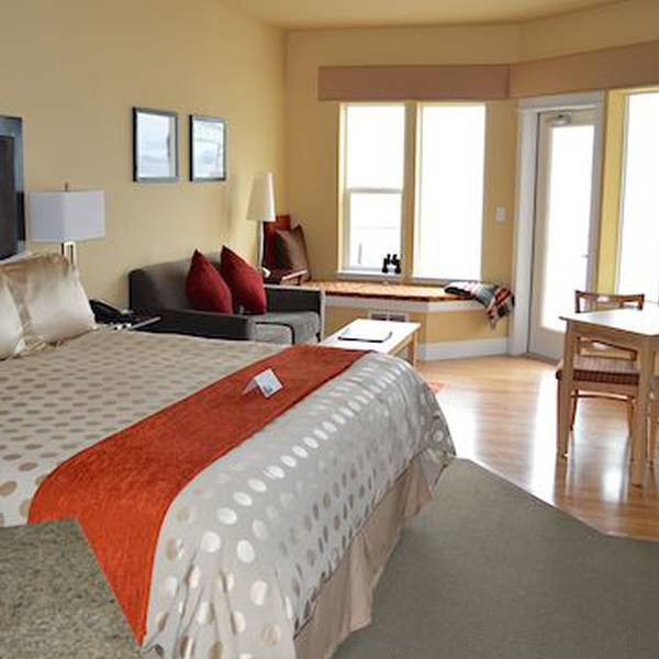 Cannery Pier Hotel - room
