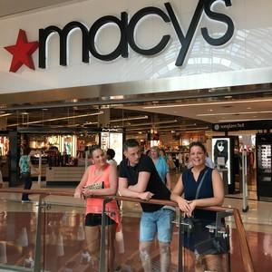 Dag 2 shoppen bij MACY's - Dag 2 - Foto