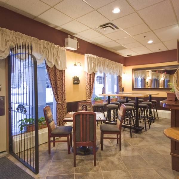 Sun Peaks Lodge - restaurant
