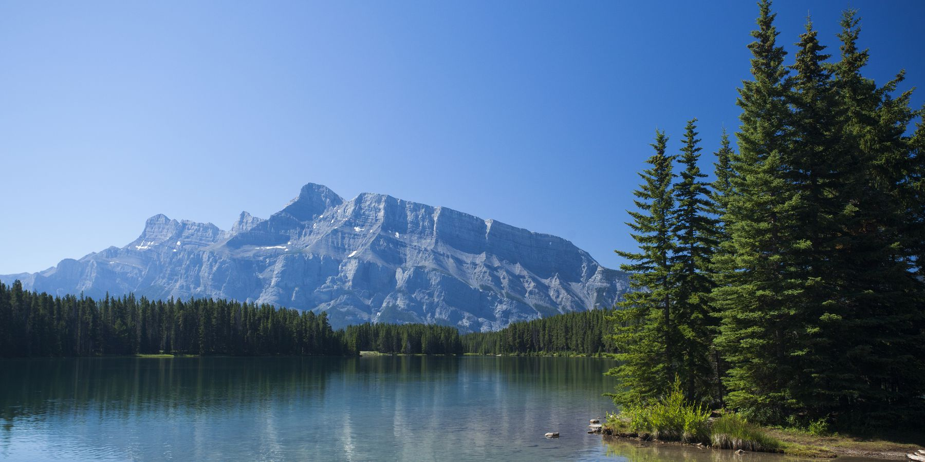Two Jack Lake - Banff National Park - Alberta - Canada - Doets Reizen