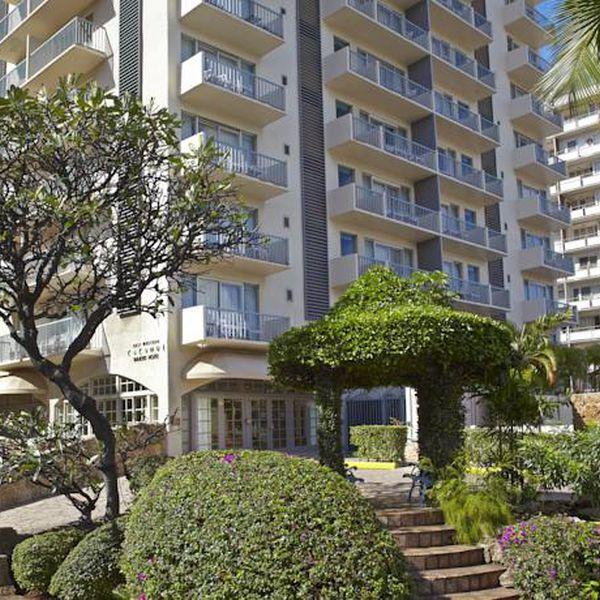 Coconut Waikiki Hotel Exterior