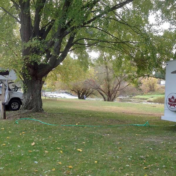 Nicolston Dam RV Park & Campground, camperplaatsen