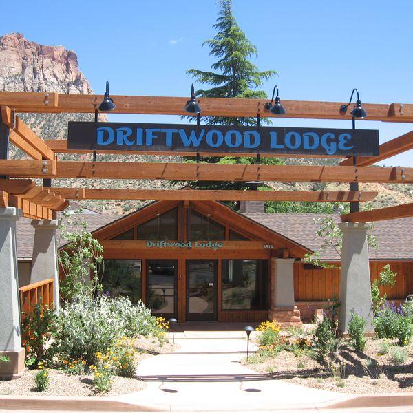 Driftwood Lodge - aanzicht