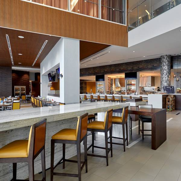 Calgary Airport Marriott In-Terminal - restaurant