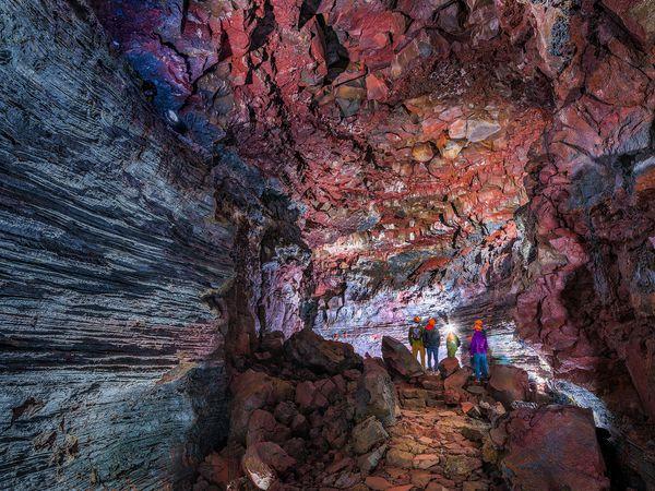 The Lava Tunnel - IJsland - Doets Reizen