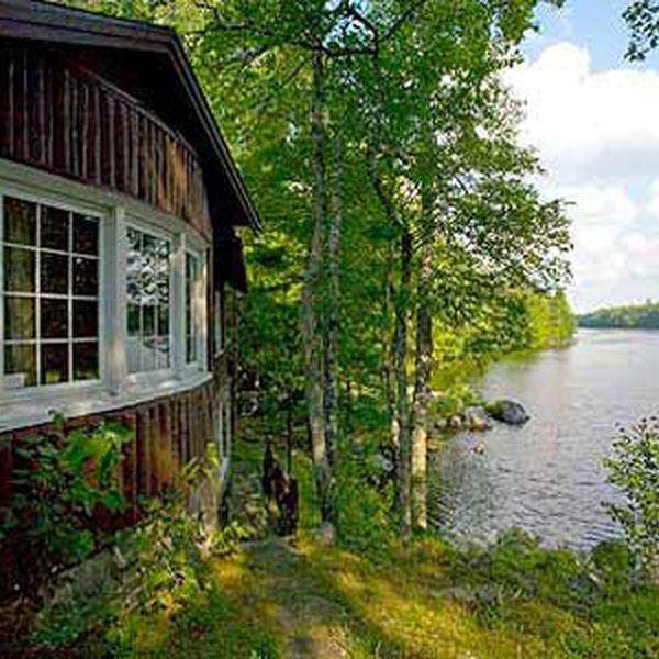 Mersey River Lodge - exterior 2