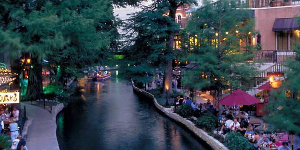 San Antonio River Walk - Boston - Massachusetts - Doets Reizen