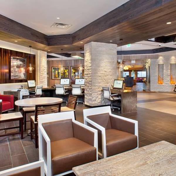 Cape Carlsbad - lobby
