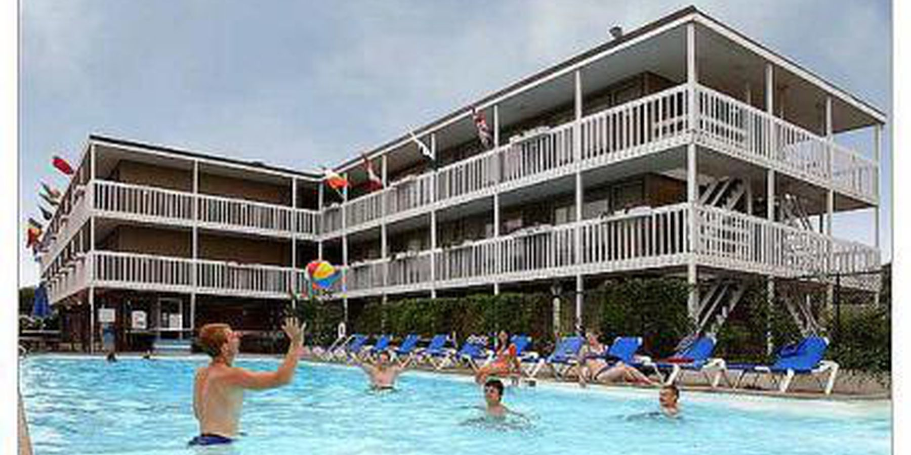 Surfside Hotel & Suites - zwembad