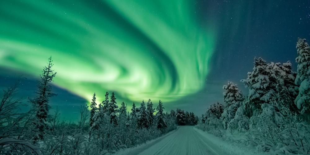 Zweeds lapland - sneeuw scooter- Credits Robert Jonasson & Visit Lapland - Doets Reizen