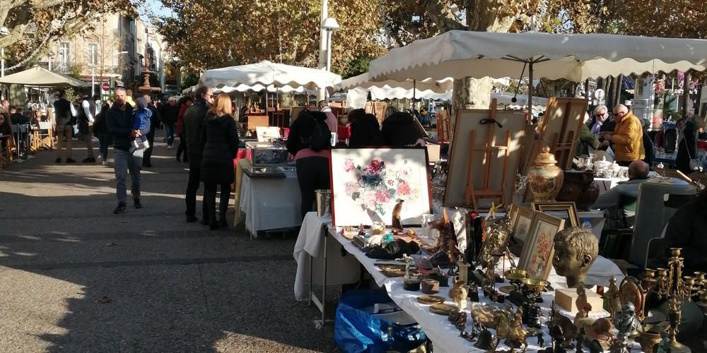 Vintage markt - Cannes - Frankrijk - vakantie Frankrijk - Doets Reizen