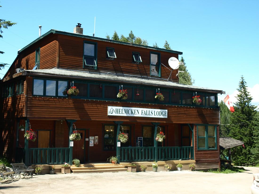 Wells Gray Provincial Park Helmcken Falls Lodge