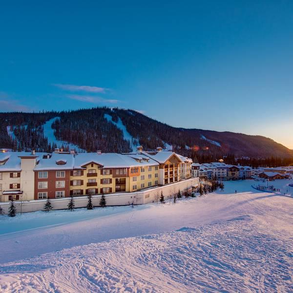 Sun Peaks Grand - Exterior winter