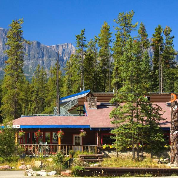 Sunwapta Falls Rocky Mountain Resort - buiten