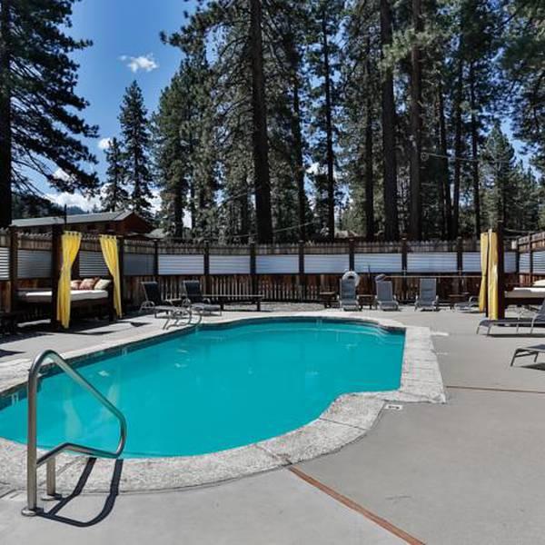 968 Park Hotel - pool