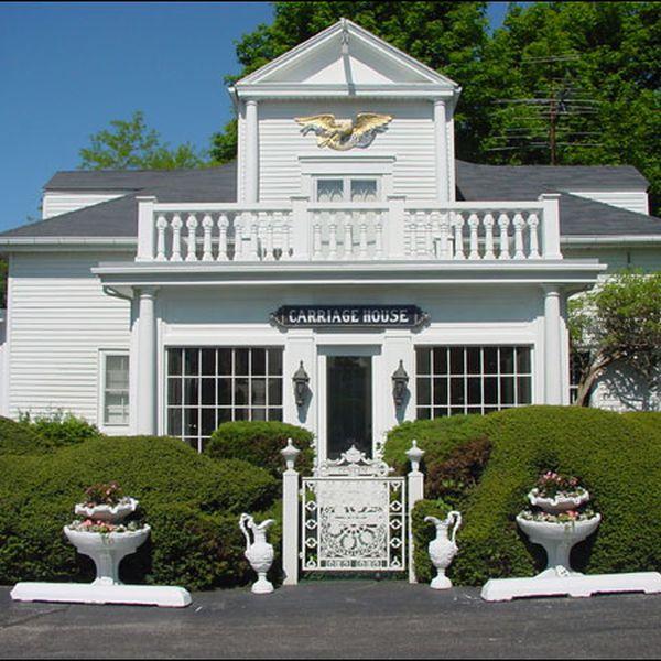 Shoreway Acres Inn - exterior