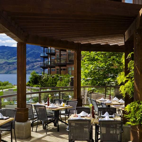 Cove Lakeside Resort - restaurant