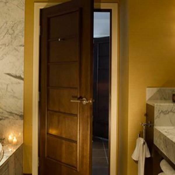 Koa Kea Hotel Bathroom