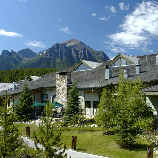 Lake Louise Inn - buitenkant