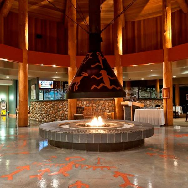Quaaout Lodge - lobby