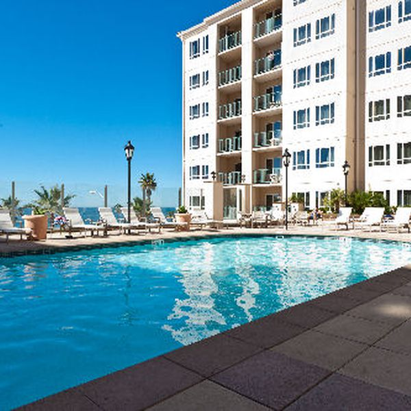 Oceanside Pier Resort Condo's - pool