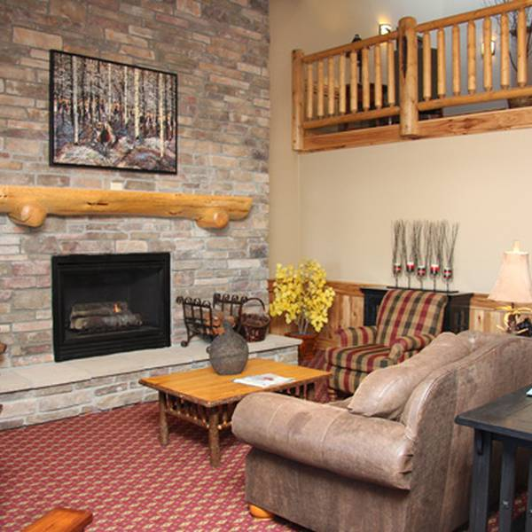 Bw McCall Lodge - lobby
