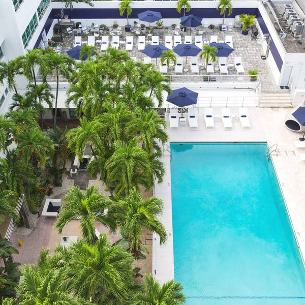 Albion Hotel - pool