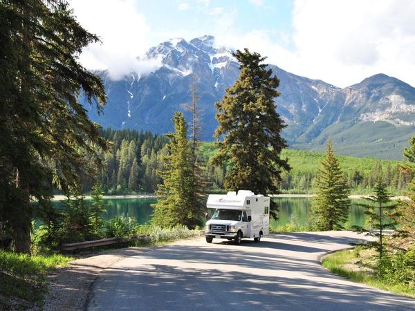 Genieten van prachtige natuur tijdens een campervakantie in West Canada
