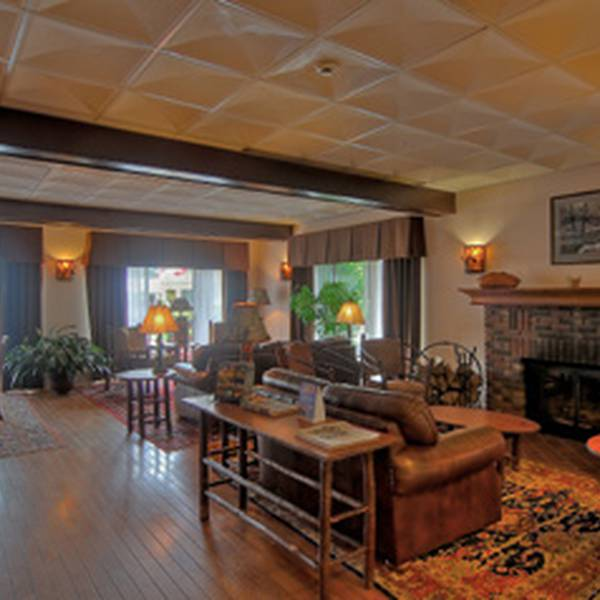 Best Western Adirondack Inn - lobby