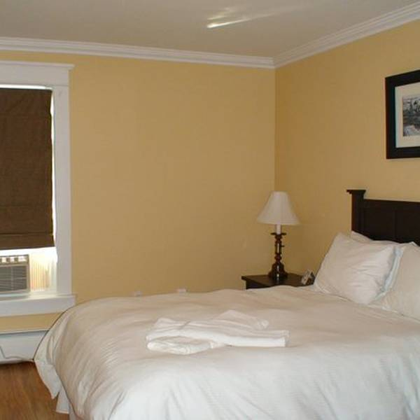 Grenfell Heritage Hotel and Suites 4