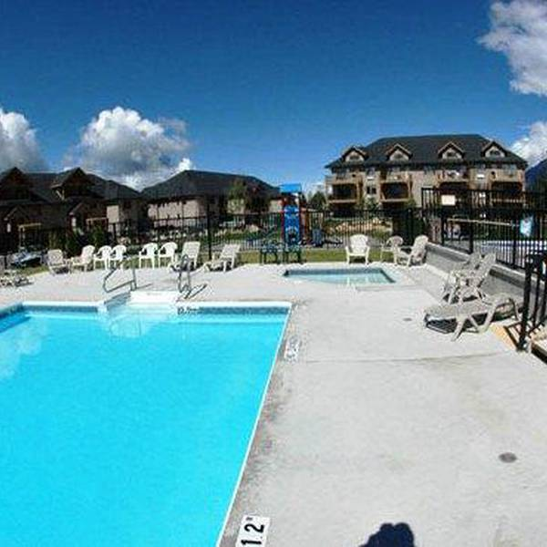 Bighorn Meadows Resort 3