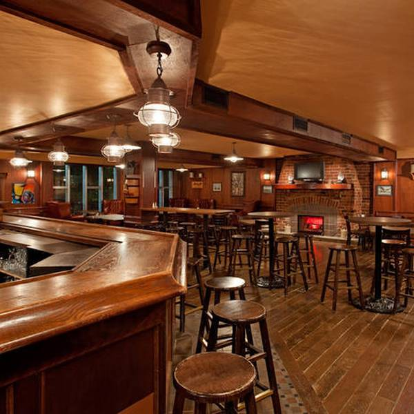 Crowne Plaza Fredericton Lord Beaverbrook - bar