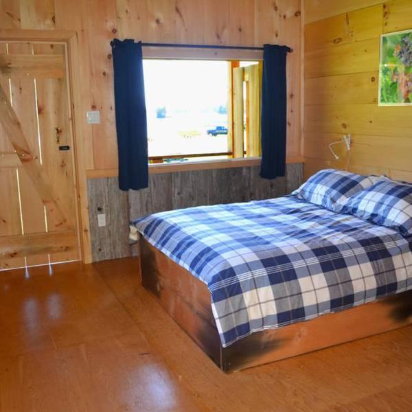 OWL Rafting Resort, interieur van een cabana