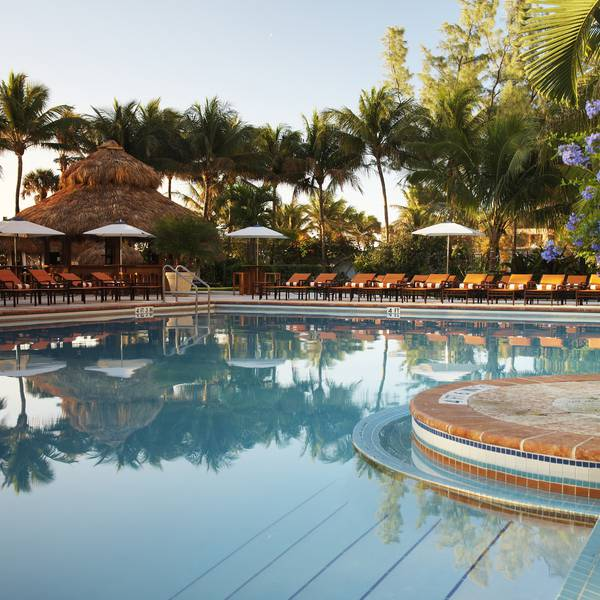 The Palms Hotel & Spa 3