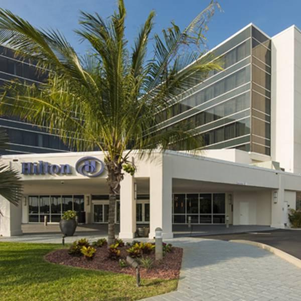 Hilton Cocoa Beach Oceanfront - aanzicht