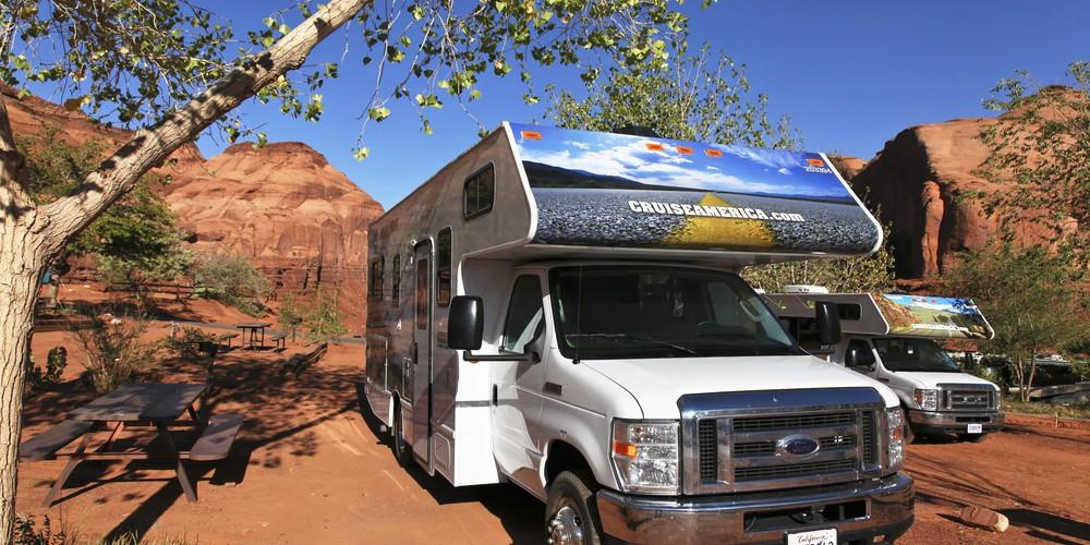 Cruise America camper in Zion NP Utah