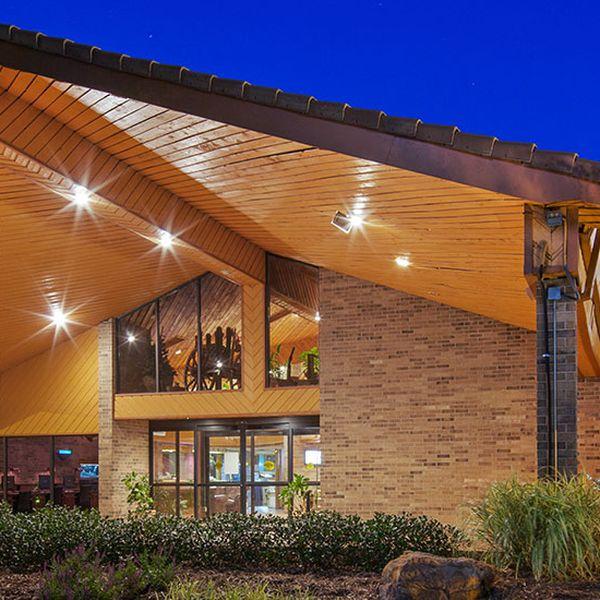 Saddleback Inn 1