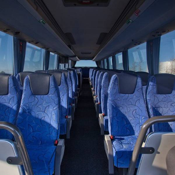 FlyBus Transfer - IJsland - Doets Reizen