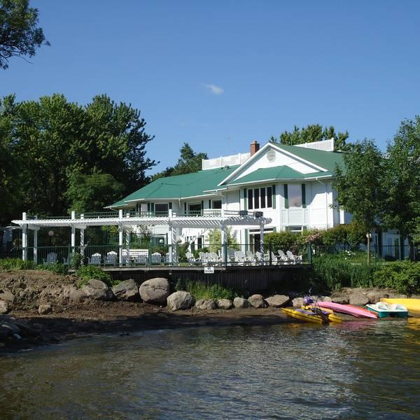 Elmhirst's Resort - Keene - Ontario - Canada - Doets Reizen