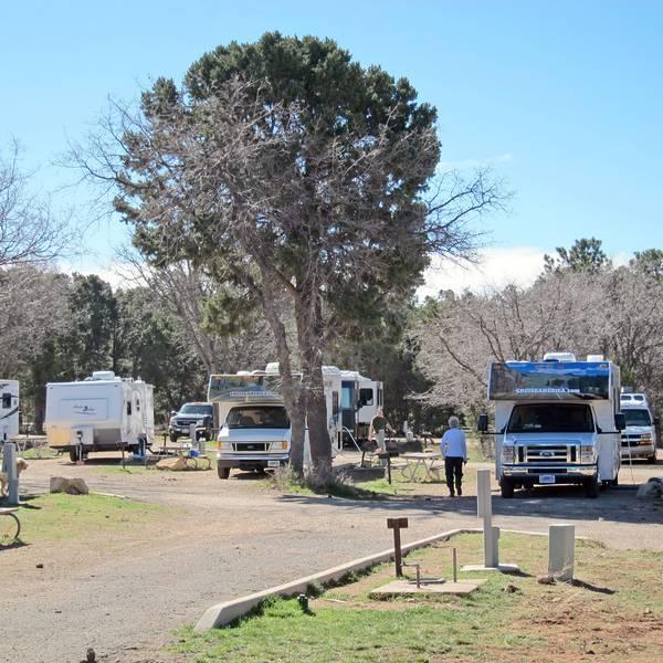 Trailer Village - Voorzieningen op de camping