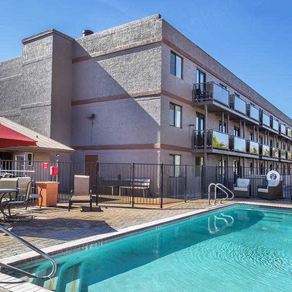Andante Inn - pool2