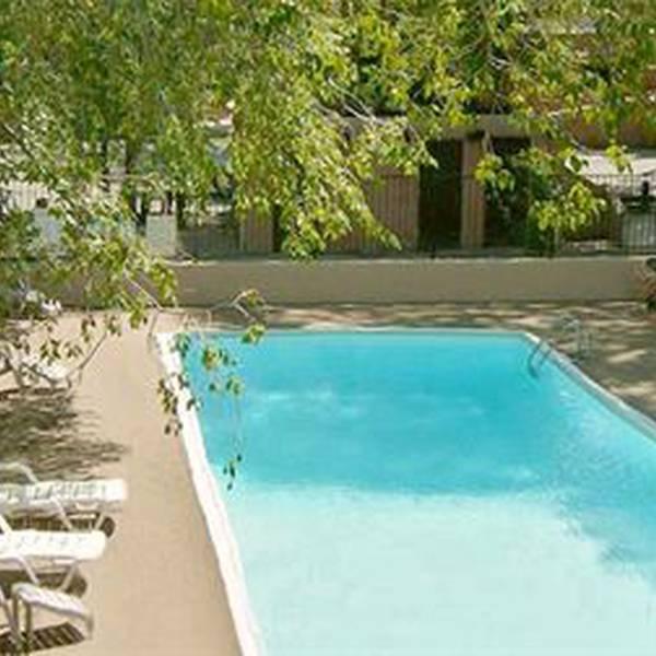 Sagebrush Inn - zwembad