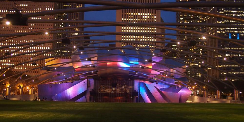 Pritzker Pavilion Millennium Park - Chicago - Illinois - Doets Reizen