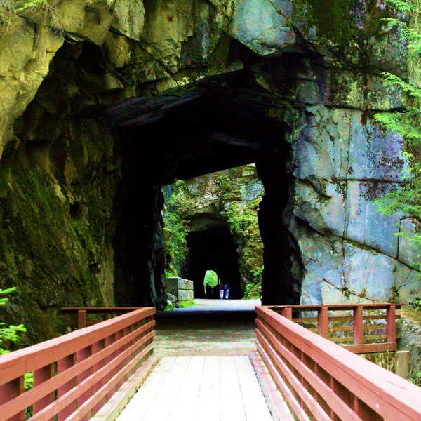 Othello Tunnels - Coquihalla Canyon Provincial Park - British Columbia - Canada - Doets Reizen