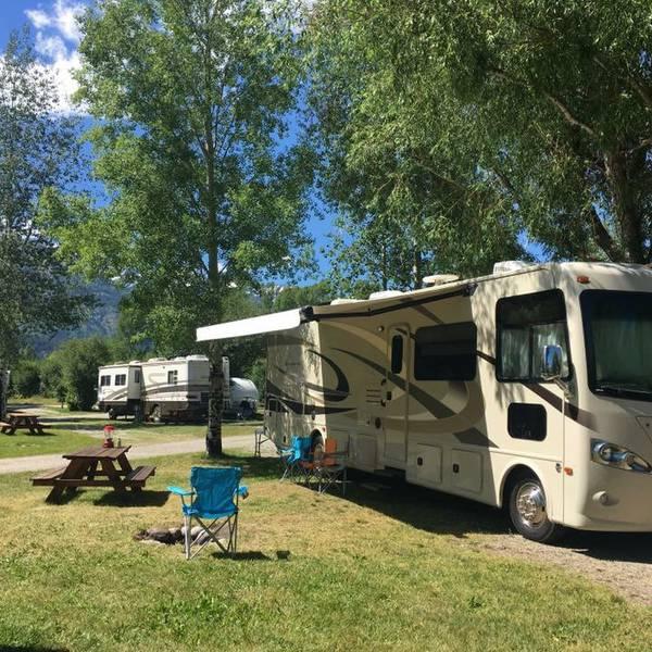 Jackson Hole Snake River KOA - RV Spots