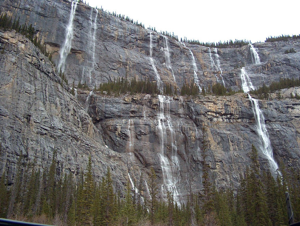 Weeping Wall - Icefields Parkway - Alberta - Canada - Doets Reizen