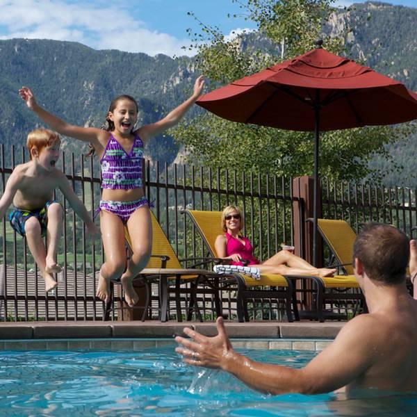 Cheyenne Mountain Resort - pool
