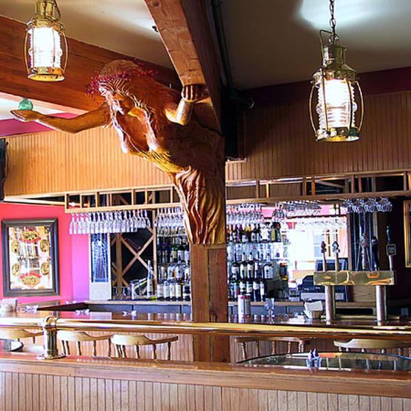 Land's End Hotel - bar